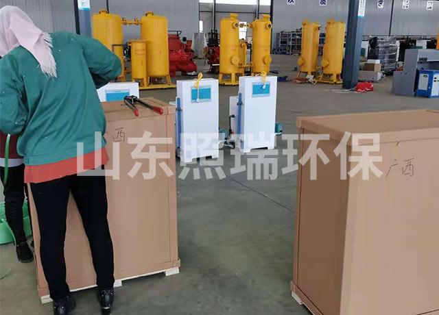 二氧化氯投加器设备发货