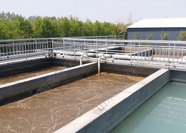 农村生活污水处理工艺流程中为什么常含有厌氧处理单元?