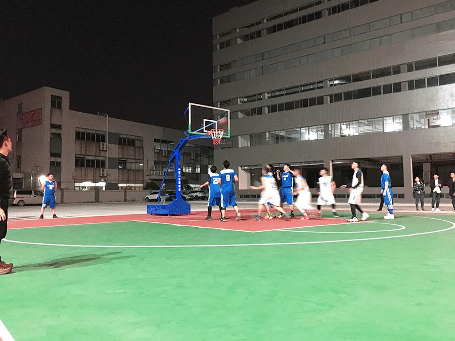格斯图冬日篮球赛