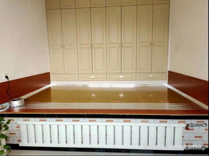 比利水暖炕安装效果图